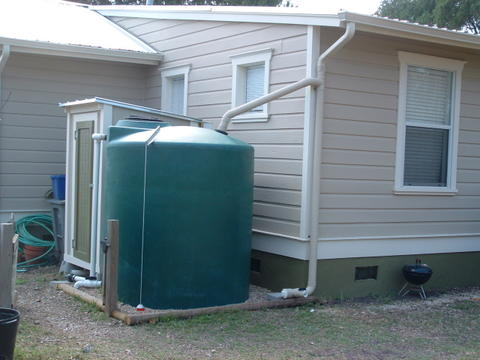 Rainwater harvesting and collection system in miami roofing for Pictures of rainwater harvesting system