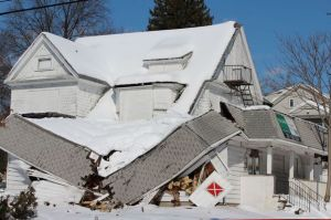 chicago roofing collapse